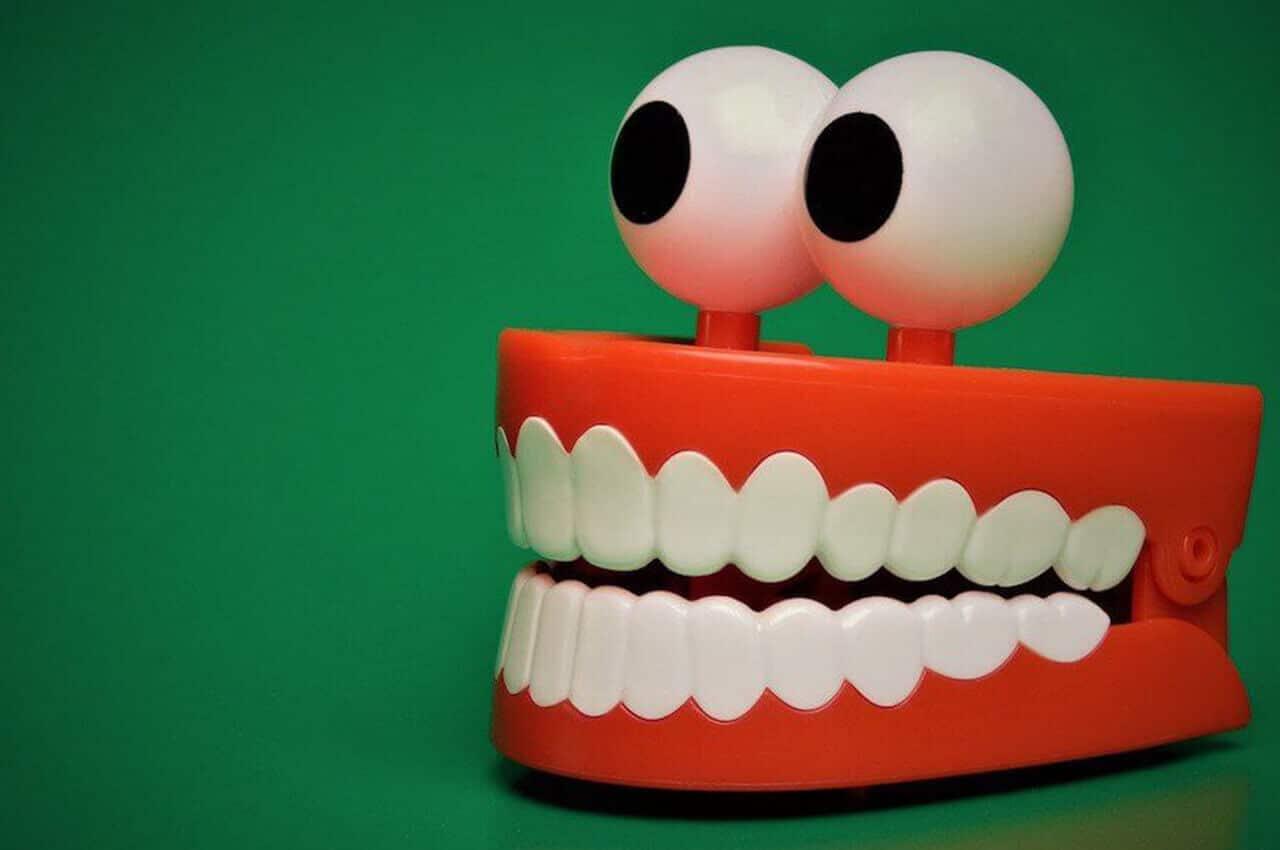 Fasi Pulizia Dei Denti
