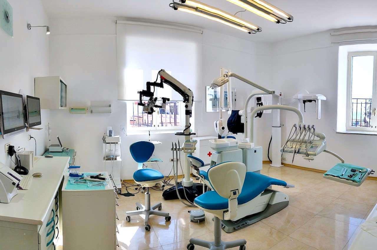 come scegliere studio dentistico