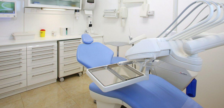 stanza 3 studio dentistico cozzolino